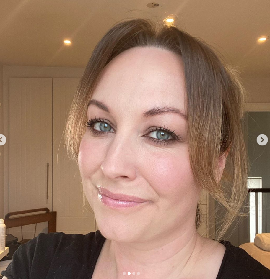 Hello my name is Kellie and I am an award winning professional make-up artist based in Dublin. I have over seven years experience working in the industry. I work commercially with some of the top advertising and production companies in the country and also specialises in Bridal and special occasion makeup.