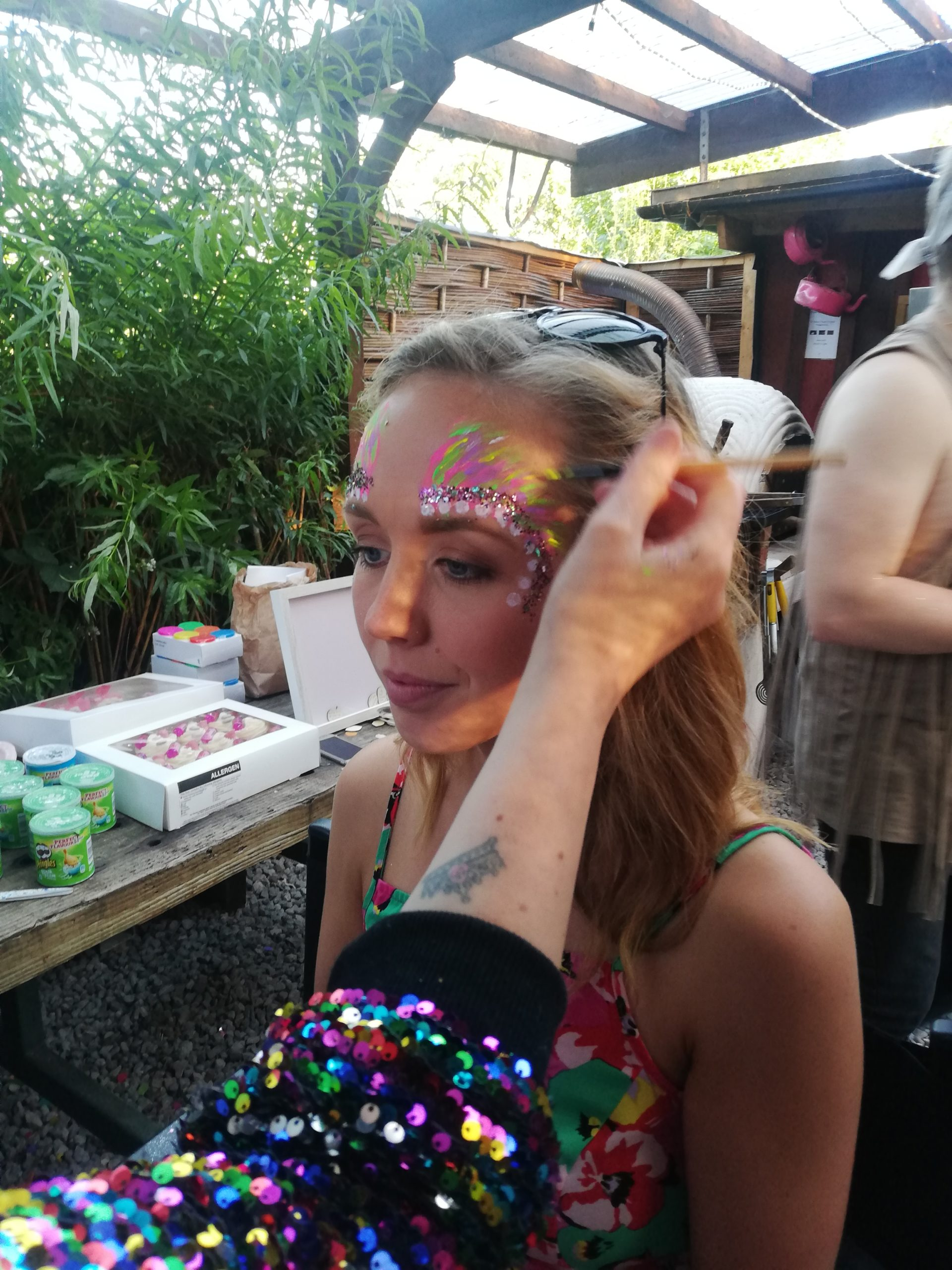 Sick of the same type of garden party on repeat while you wait for pubs to reopen? Why not add a bit of glitter to your next Garden Party this summer! It doesn't just have to be a BBQ